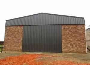 Hangar En Kit Bois : b timent galva avec bardage briques et bois en flandre ~ Premium-room.com Idées de Décoration