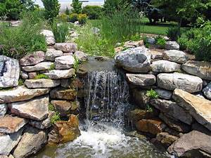 How, To, Create, A, Dramatic, Effect, Around, Simple, Outdoor, Water, Features