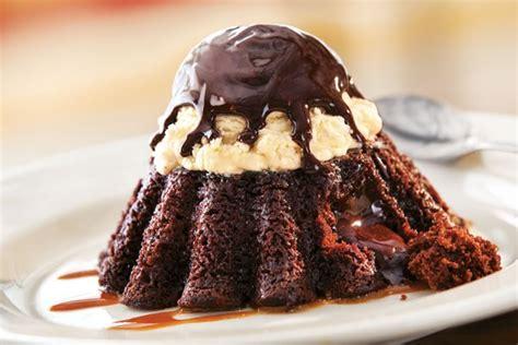 Molten Chocolate Cake - Grill & Bar Menu | Chili's