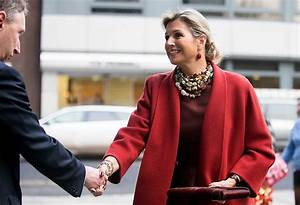 Queen Maxima Attends The Financial Inclusion In London Newmyroyals Hollywood Fashion