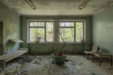 french photographer visited chernobyl   captivating