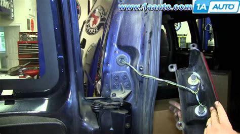 install change taillight  bulbs   gmc