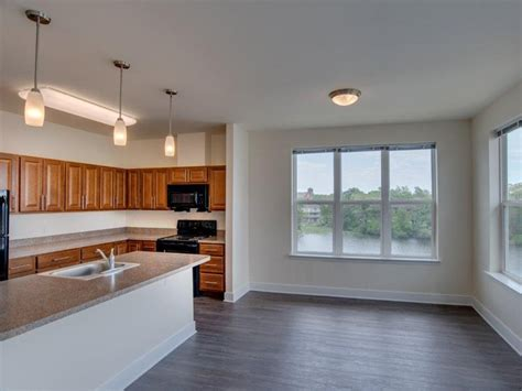 Photos And Video Of Rivers Edge Apartments And Studio For