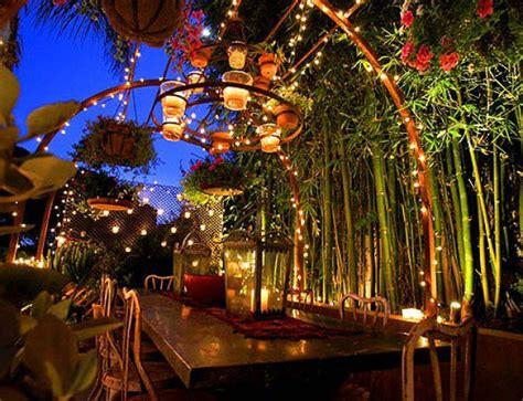 Outdoor restaurant lighting democraciaejustica 30 delightful outdoor dining area design ideas aloadofball Gallery