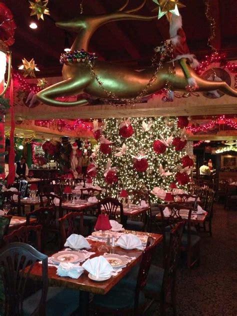 restaurants   world  nailed  christmas