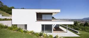 maison toits plats decalesjpg 1000x432 projet maison With amenagement exterieur maison terrain en pente 8 cout construction maison avec sous sol maison moderne