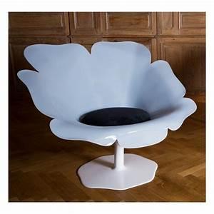 fauteuil poppy tres design et original en forme coquelicot With chambre bébé design avec fleur coquelicot en tissu