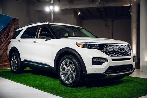 2020 ford explorer sports the 2020 ford explorer is all new from the ground up