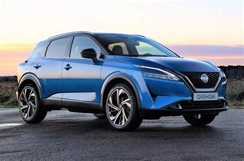 The first generation of the vehicle was sold under the name nissan. Third-gen Nissan Qashqai revealed; gets hybrid-only engine ...