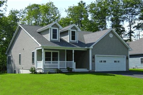 Traditional, Country, Ranch, Cape Cod House Plans