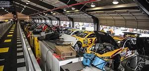 Garage Auto Tours : garage tour package auto club speedway ~ Gottalentnigeria.com Avis de Voitures