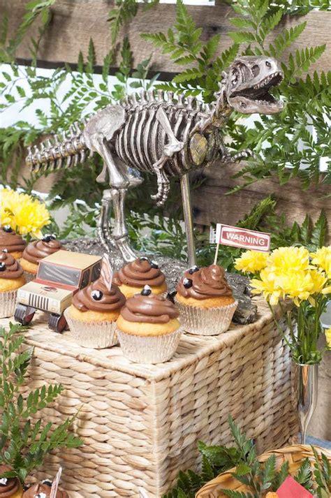 Jurassic Park Decorations - kara s ideas jurassic park birthday