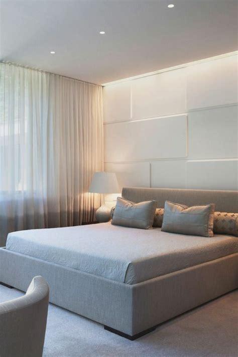 dans la chambre chambre avec rideau design de maison