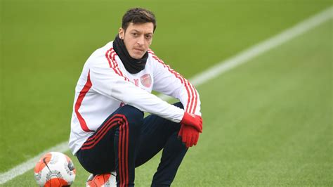 Arsenal are struggling without Mesut Ozil's creativity in ...