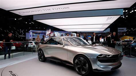 peugeot electrique e legend prix mondial de l auto peugeot frappe fort avec concept e legend