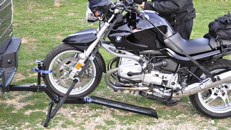 Simple, Easy-stow Compact Trailer-hitch Motorcycle Towing