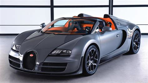 The veyron super sport has 1200 horsepower and goes 258 mph. Bugatti Veyron Grand Sport Vitesse - new images & full specs released