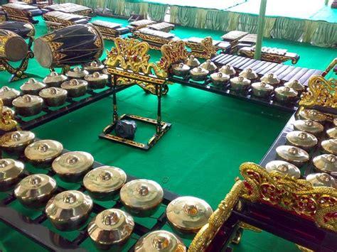 Jawa tengah adalah sebuah provinsi yang beribu kota semarang sedangkan letaknya berada di tengah pada bagian pulau jawa itu sendiri. Lengkap 9 Alat Musik Tradisional Jawa Tengah Beserta Gambarnya | Budaya Nusantara