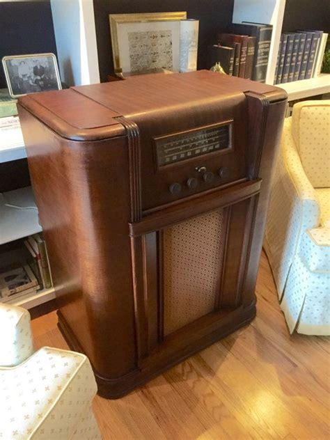 how to refinish kitchen cabinets the speakeasy tm antique radio liquor cabinet 8857