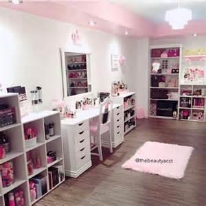 themed bedroom ideas makeup room goals mugeek vidalondon