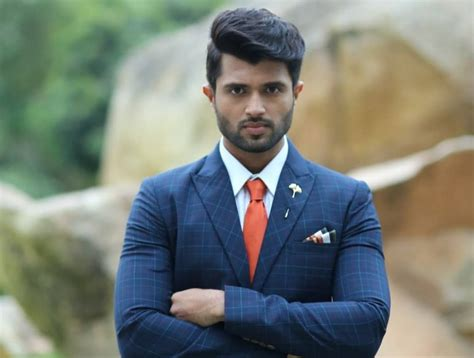 Vijay Devarakonda Biography, Age, Wiki, Height, Weight ...