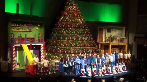 48th singing christmas tree broadway church wishing a