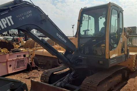 volvo volvo ecb  ton excavator excavators  sale  gauteng  agrimag