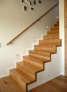 Treppe Im Wohnzimmer : treppen ~ Lizthompson.info Haus und Dekorationen
