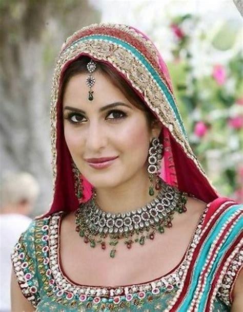 wedding planner katrina kaif traditional indian saree