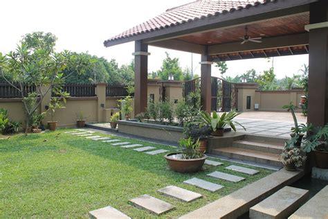 Deco laman tepi rumah / landskap halaman rumah teres d… Deco Laman Tepi Rumah : Rumah Tepi Sawah Keluarga Ni Cukup ...