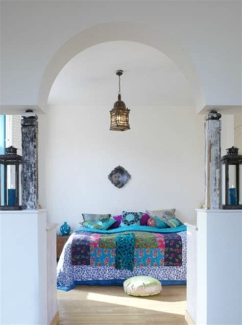 mysterious moroccan bedroom designs digsdigs