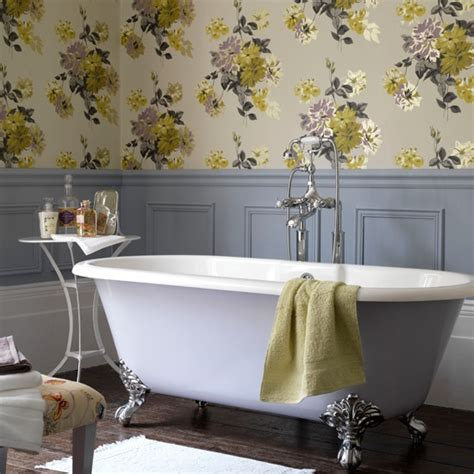 bathroom wallpaper ideas country style floral bathroom bathroom wallpapers housetohome co uk