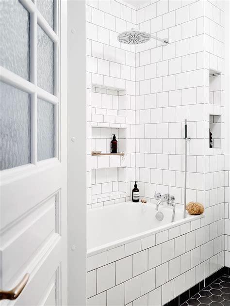 white subway tile bathroom ideas 1223 best bathroom niches images on bathrooms