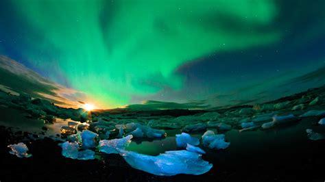 wallpaper iceland  hd wallpaper northern lights sky