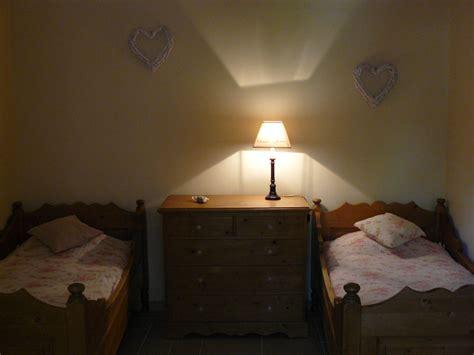 chambre d hotes dans la drome chambres d 39 hôtes le clos de l 39 ambre chambres à divajeu dans la drôme 26 drôme provençale