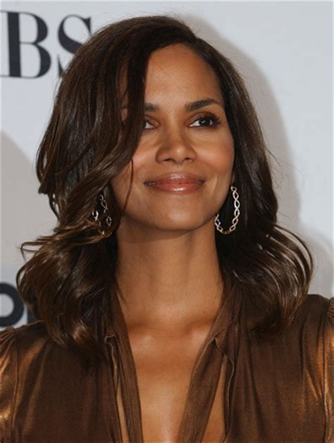 Halle Berry Hairstyles   Sophisticated ALLURE Hairstyles