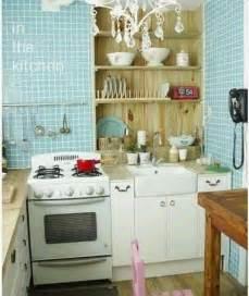 Antique White Kitchen Island Small Kitchen Decorating Ideas On A Budget