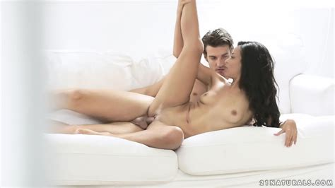 Sensual Sex With Hot Layla Sin Eporner