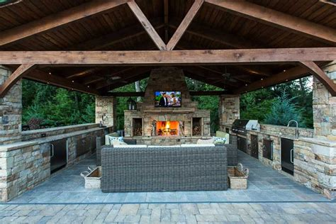 Granite Kitchen Ideas - outdoor kitchen easy to build cheap and very practical