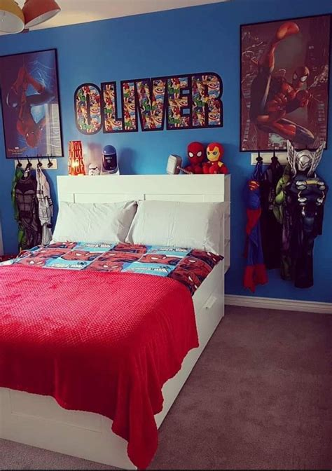 pin  raissa ferron  spiderman bedroom   cool