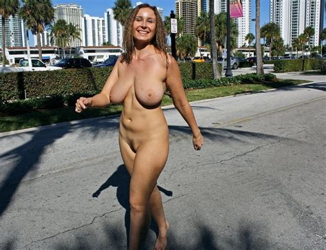 hot german and franch women naked big size picture 2