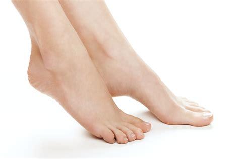 Why Feet Swell: Pregnancy | Atlanta | American Foot & Leg ...
