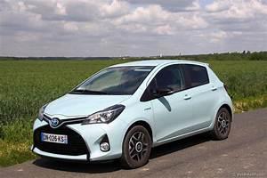 Essai Toyota Yaris : essai toyota yaris hybride la citadine made in france ~ Medecine-chirurgie-esthetiques.com Avis de Voitures