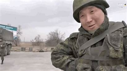 Soldier Russian Play Crimea Forces Tap Nothing