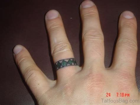 pleasing egyptian tattoos  fingers