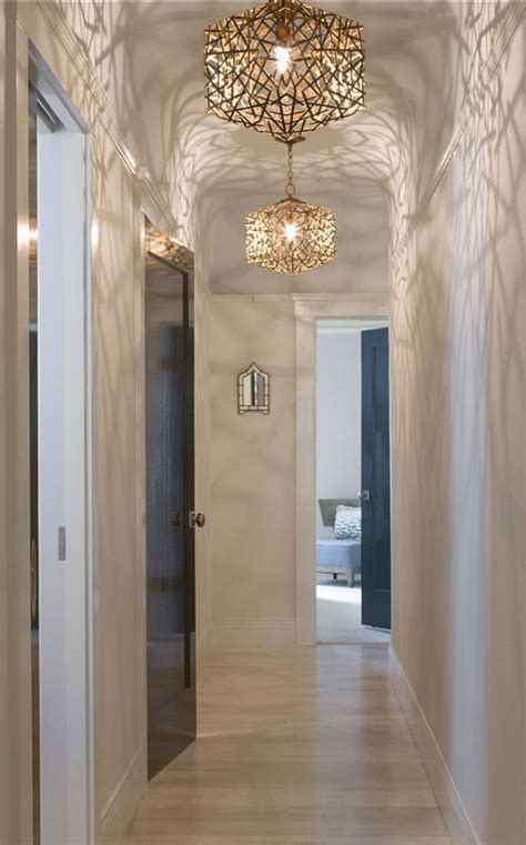Chandelier In Hallway by Best 25 Hallway Chandelier Ideas On Stairwell