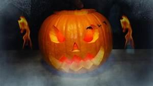 Une Citrouille Pour Halloween : video pour halloween sculptez une citrouille puis ~ Carolinahurricanesstore.com Idées de Décoration