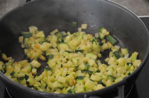 comment cuisiner des pleurotes comment cuisiner des courgettes