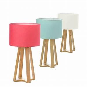 Lampe A Poser Scandinave : lampe poser rose avec pied en bois les douces nuits de ma linge de maison ~ Melissatoandfro.com Idées de Décoration