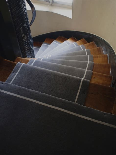 pose tapis escalier tournant 28 images rue placide dmt sp 233 cialiste du tapis d escalier